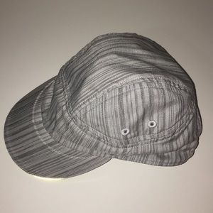 LULULEMON GREY HAT